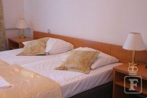 Dvoj-/trojlôžková izba, balkón
