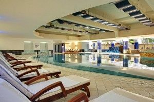 objects/2743/123136_valamar-diamant-hotel-residence-indoor-pool.jpg