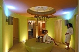 objects/2743/123138_valamar-diamant-hotel-residence-wellness-interior.jpg