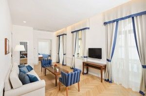 Presidential suite, balcony - Villa Parentino
