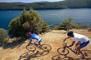objects/2842/130311_valamar-pinia-hotel-biking.jpg
