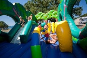 objects/3036/135114_47 Polari Fun for the children on the inflatables-3541.jpg