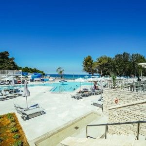 objects/3043/135931_03-falkensteiner-premium-camping-zadar-pools-1-square.jpg