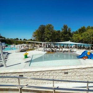 objects/3043/135932_04-falkensteiner-premium-camping-zadar-pools-4-square.jpg