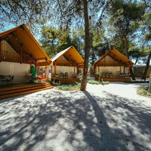 objects/3043/135938_10-falkensteiner-premium-camping-zadar-exterior-16-square.jpg