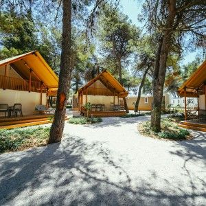 objects/3043/135939_11-falkensteiner-premium-camping-zadar-exterior-23-square.jpg