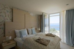 Junior Suite for 3 persons, sea side