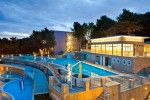 objects/511/18071_hotel_vespera_pool.jpg
