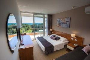 Triple room, sea view, balcony