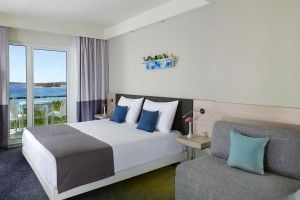 Triple room, sea side, balcony