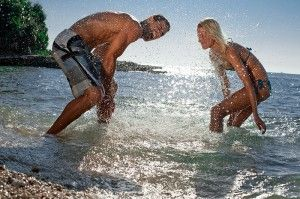 objects/524/132580_tui-sensimar-carolina-resort-couple-sea-fun.jpg