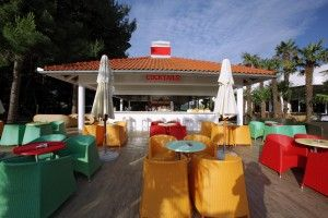 objects/529/111802_20 Solaris Kids Hotel Andrija _pool bar.jpg