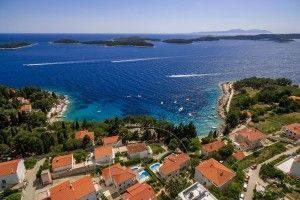 objects/633/136624_Villa in Hvar (2).jpg